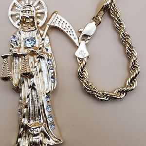 The grim reaper with stones rope chain include